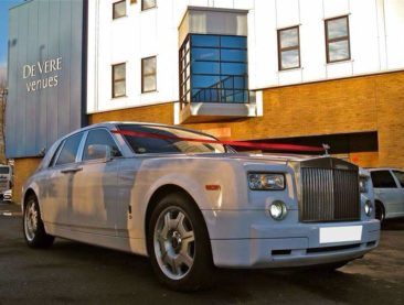 White Wedding Cars - Splendid Chauffeurs